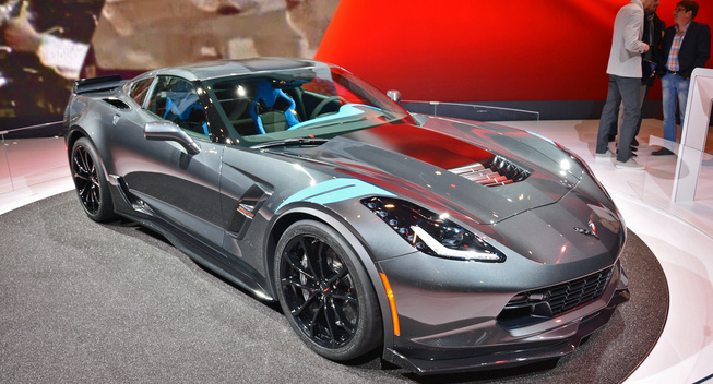 2017 Chevrolet Corvette Grand Sport Coupe And Convertible Will Go On This Summer Dealer In The United States Following World Premiere