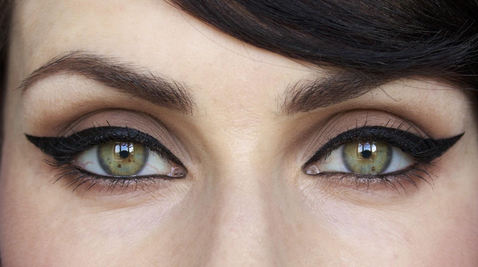 wear eyeliner step by step – Cik Fafa