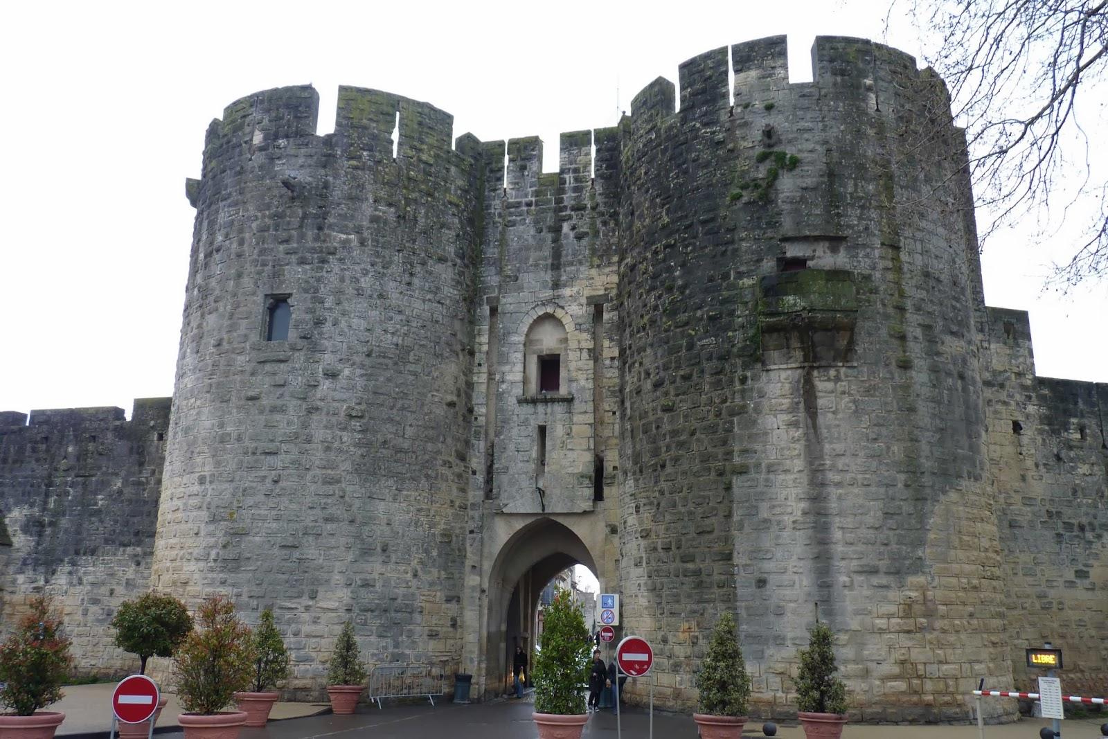 Puerta principal de las murallas de Aigües-Mortes.