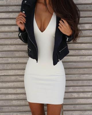 vestido blanco corto con escote en v y jacket negra