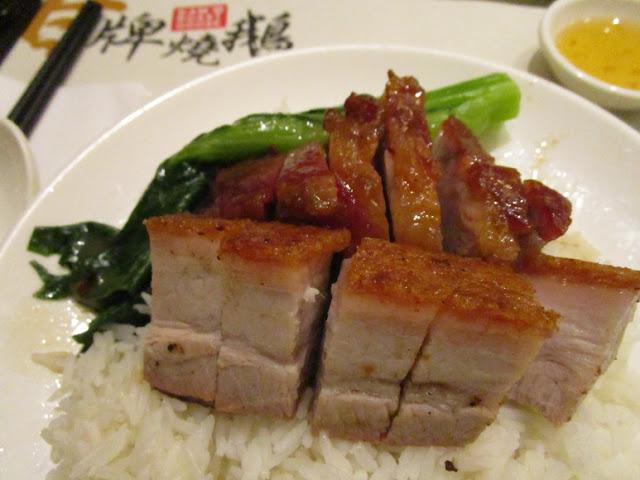 甘牌燒鵝 蜜汁叉燒BBQ Porkと脆皮腩仔Roast Pork