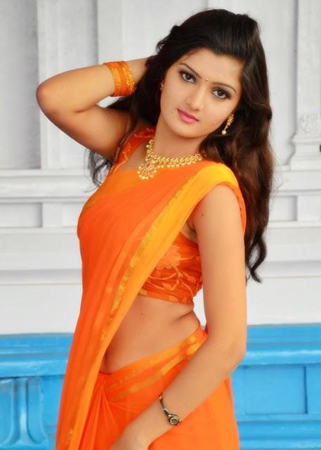 Akishitha in Eye Catchy in Plain Saree at Pranayam Movie Opening