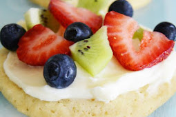EASY MINI FRUIT PIZZA COOKIES RECIPE
