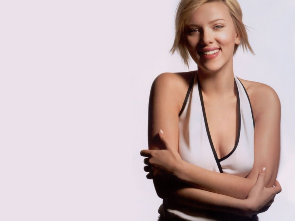 Scarlett Johansson Wallpaper: Babes Sexy XxX: American Actress And Singer Scarlett