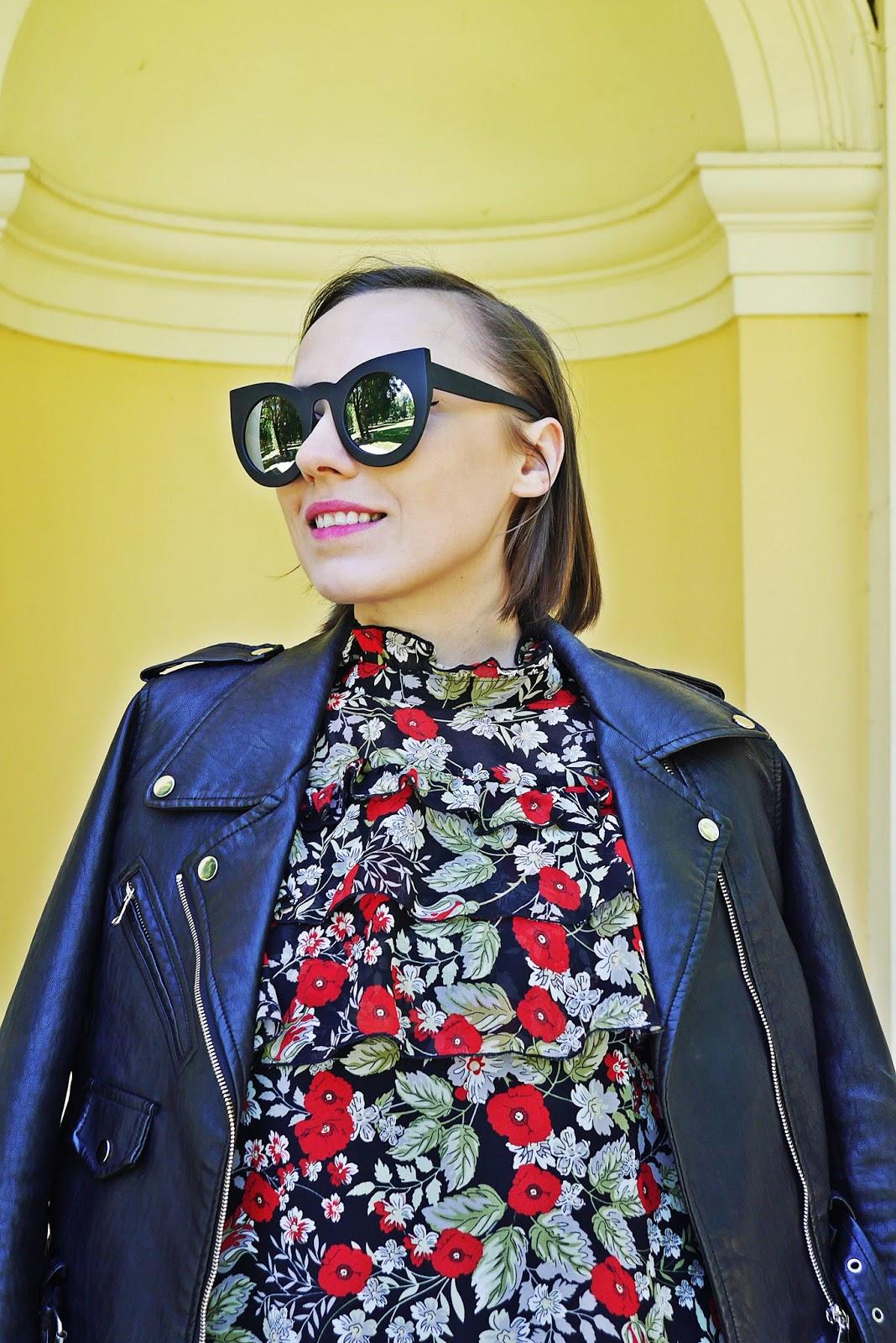 3_sukienka_falbanki_kwiaty_bonprix_skarpetkowe_botki_renee_karyn_blog-Modowy_140518