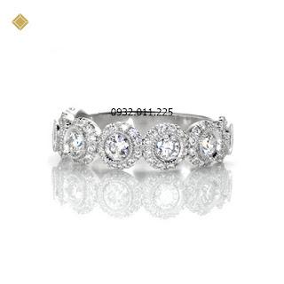 Nhẫn nữ kim cương thiết kế vòng tròn ánh sáng