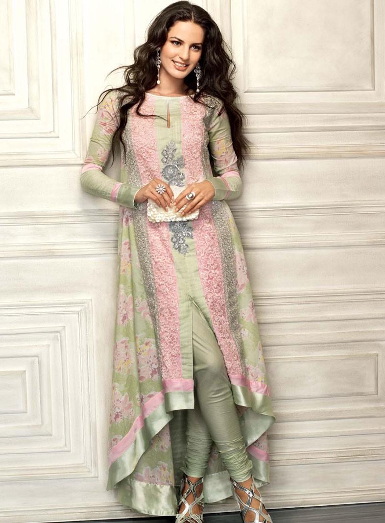 Beautiful Dresses Trends For Pakistani Women