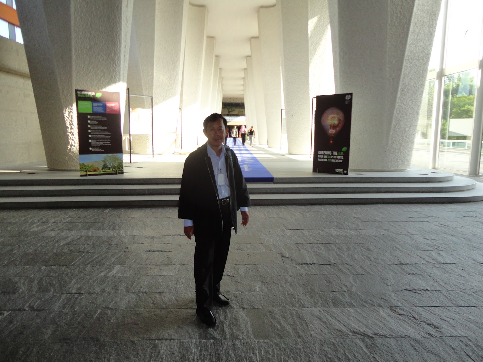 (Mr. Rong Chhun in ILO Building, Geneva)