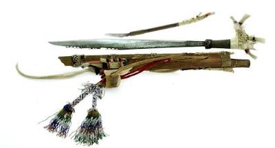 Pengertian Senjata Tradisional Mandau - Kalimantan