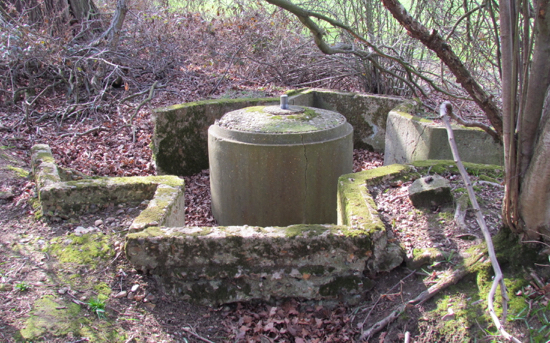 Photograph of the spigot mortar emplacement close to the Brookmans Park Transmitting Station. Image by David Brewer released under Creative Commons BY-NC-SA 4.0