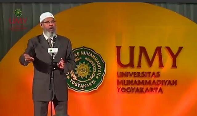 Ceramah di Yogyakarta, Dr Zakir Naik Bimbing Syahadat Perempuan Katolik