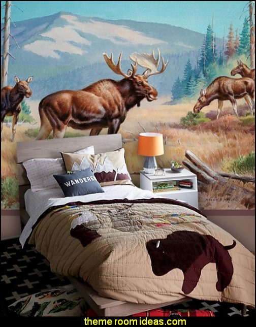Nature Lodge Quilt Bull Moose wall mural log cabin northwoods decorating ideas