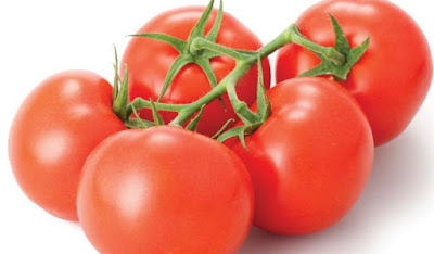 tomato for healthy and glowing skin