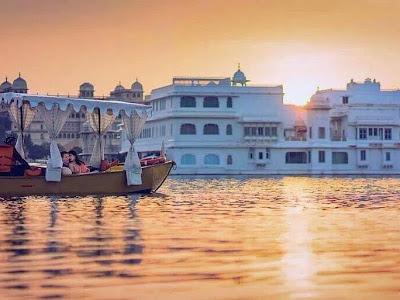 Tour Guide In Udaipur with Optional Transportation