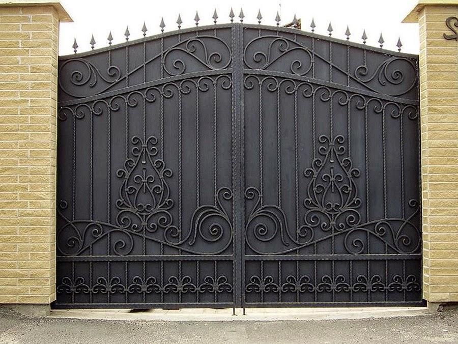 Кованые ворота в дом