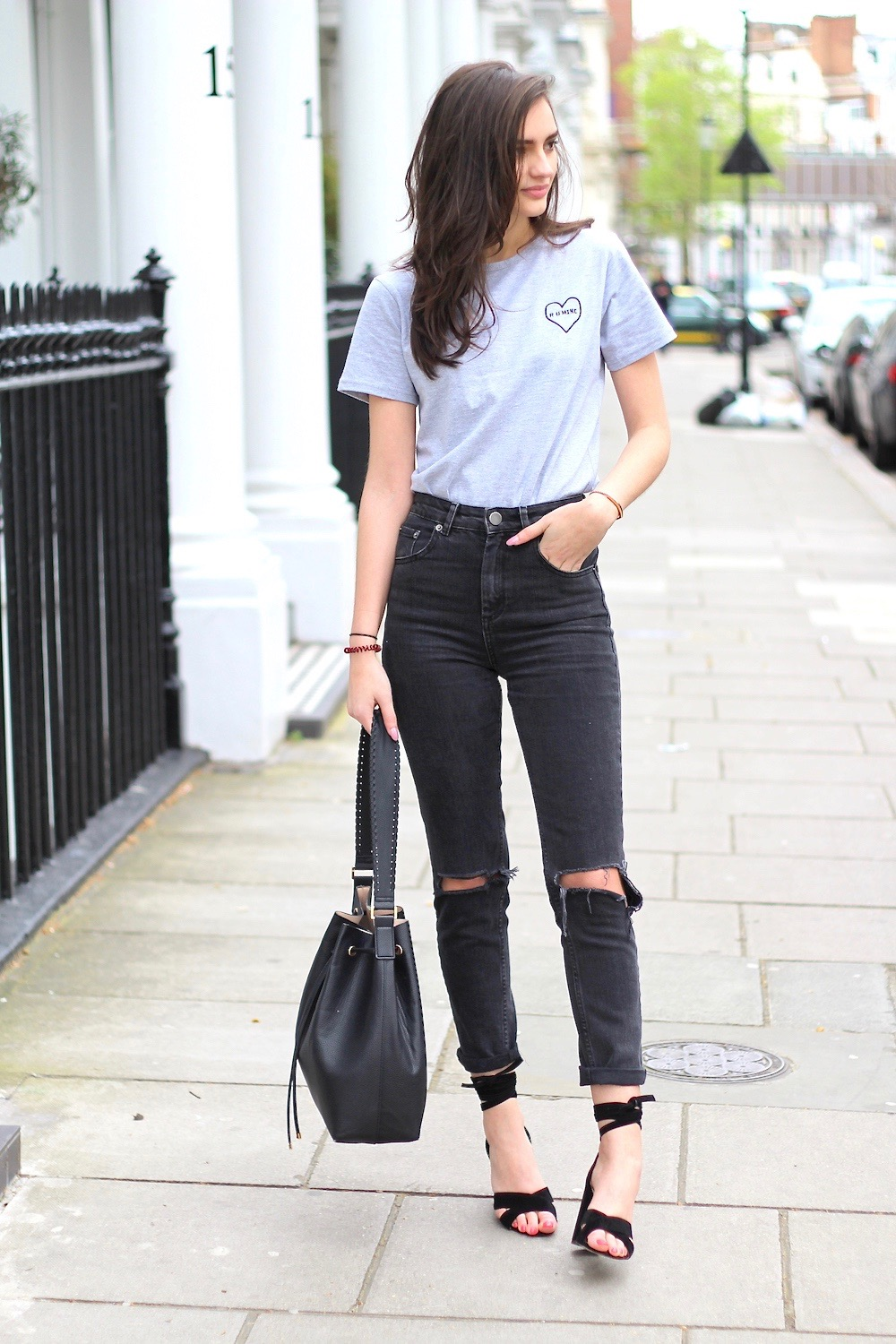 statement t and mom jeans farleigh asos