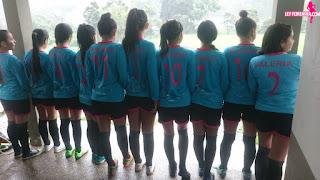 equipo deportivo  ley femenina  femenino adolescente