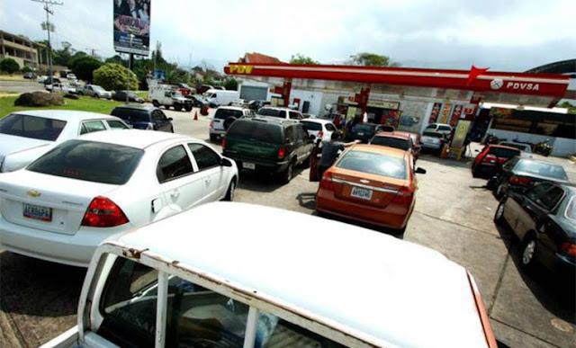 Caos por escasez de combustible en Táchira