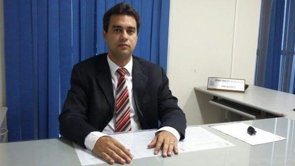 Carlos Viegas Junior é reeleito presidente da Câmara de Goiana