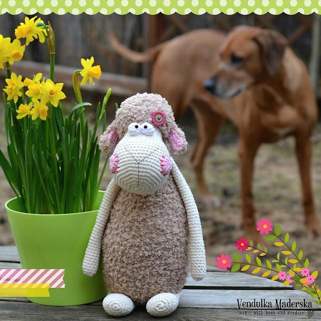 Crochet sheep pattern by Vendula Maderska