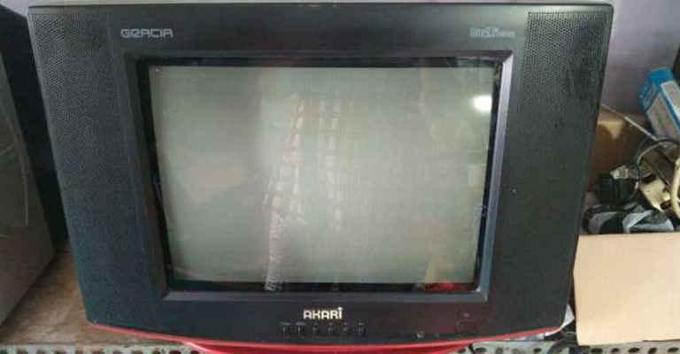 Cara Memperbaiki TV AKARI Gracia Mati Standby