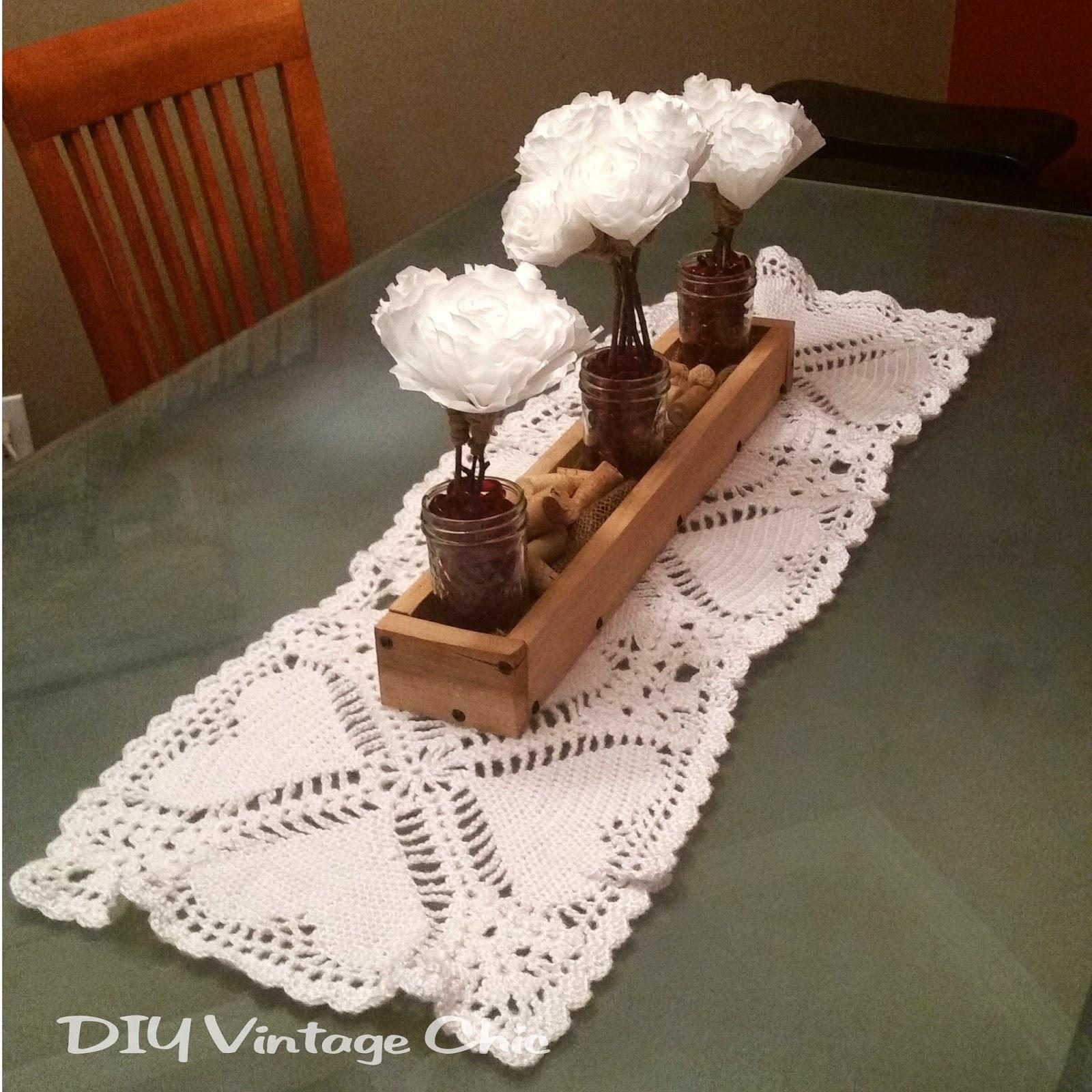 Diy Vintage Chic Crochet Valentine S Day Table Runner