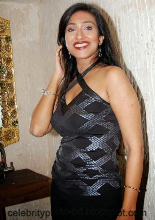 Sexy Kolkata Actress Rituparna Sengupta Unseen Latest Photos Collection With Biography