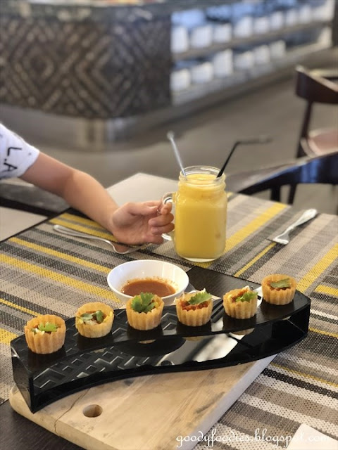 Makan Nyonya, Estadia Melaka - Pie Tee