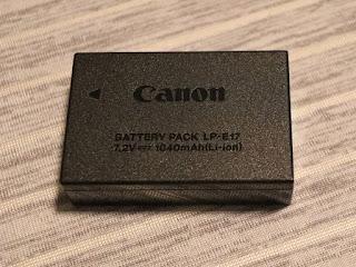 キヤノン バッテリーパック LP–E17 本体表