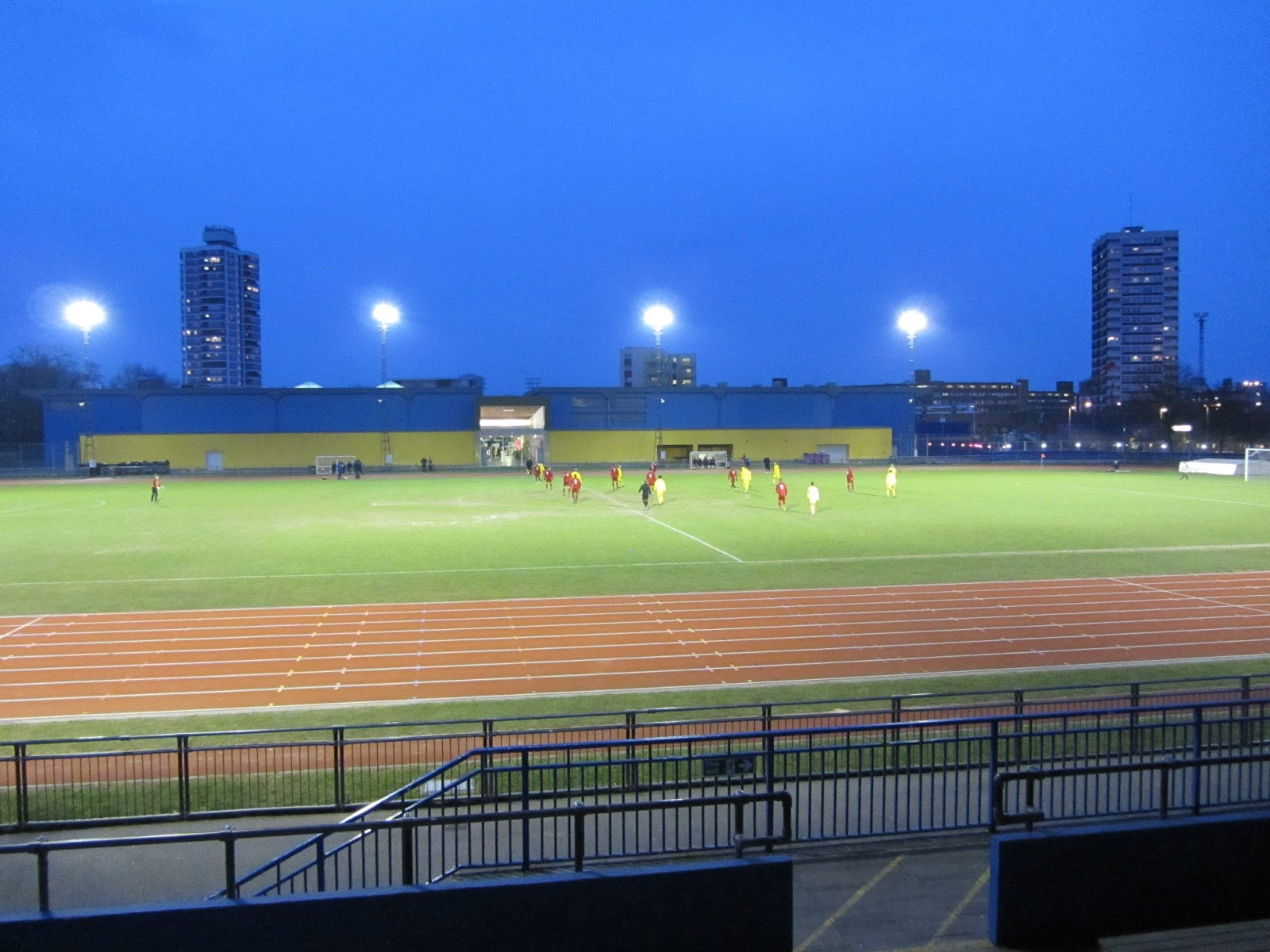 how to get to mile end stadium