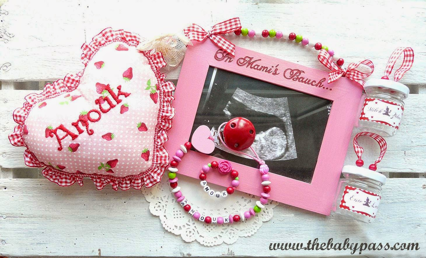 The Babypass: Weihnachtsgeschenke / Schwangerschaft verkünden