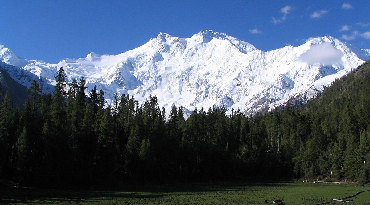 uncak Gunung Nanga Parbat sebutkan gunung tertinggi di dunia dan jelaskan letaknya tujuh gunung tertinggi dunia tujuh puncak gunung tertinggi dunia