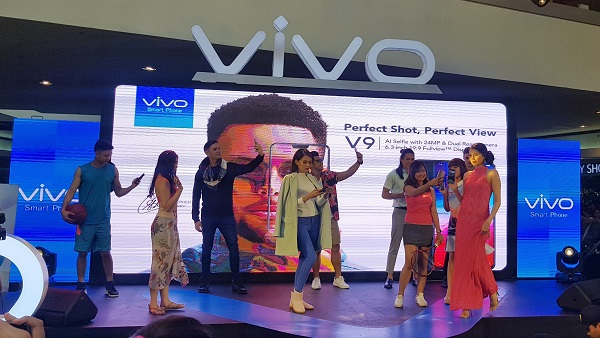 Vivo V9 Mall Tour SM Mall of Asia KathNiel