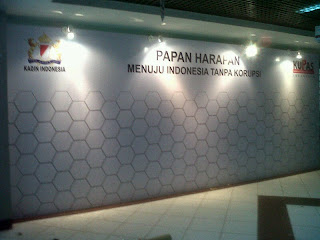 Pemasangan BAckdrop Wall of fame