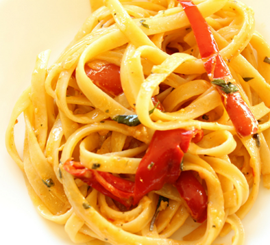 http://www.yummyseconds.com/fettuccine-with-red-pepper-cream-sauce/