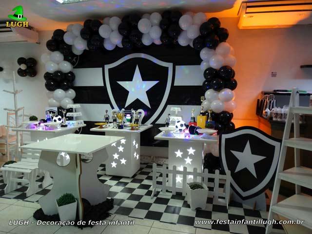 Festa Botafogo - Decoração de mesa para o bolo de aniversário