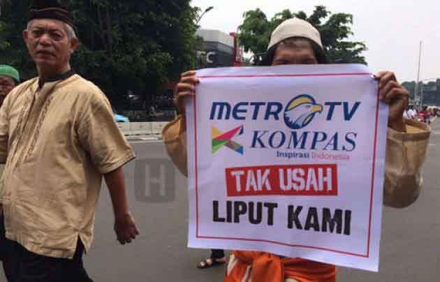 bunuh diri massal pers indonesia karena reuni 212