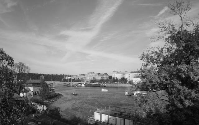 Mustavalkoisia muistoja Prahasta 3