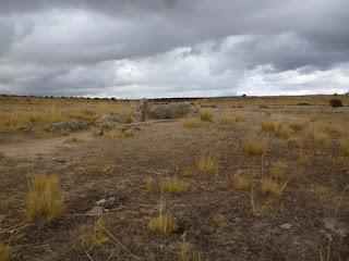 Vista general del túmulo y dólmen