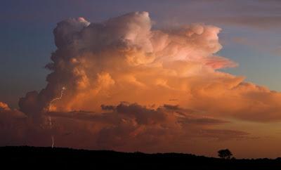 fotos de paisajes con rayos.