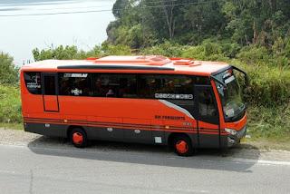 sewa bus pariwisata pekanbaru jeff