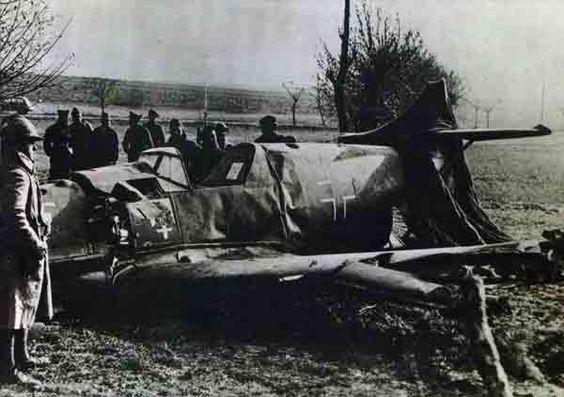 22 November 1939 worldwartwo.filminspector.com crashed Bf 109 France