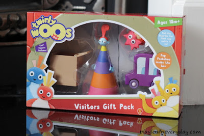 twirlywoos visitors toys