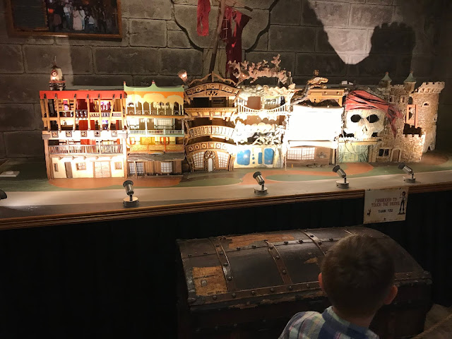 model of pirates village hotel