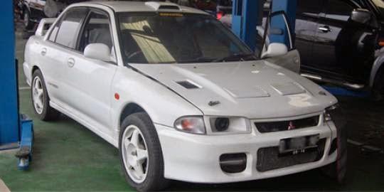 modifikasi mobil mitsubishi evolution
