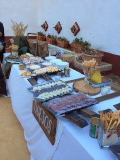 mesa de quesos en boda