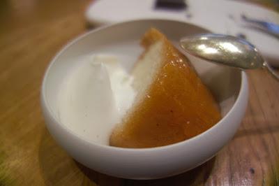 Baba au rhum, vanille de Tahiti.