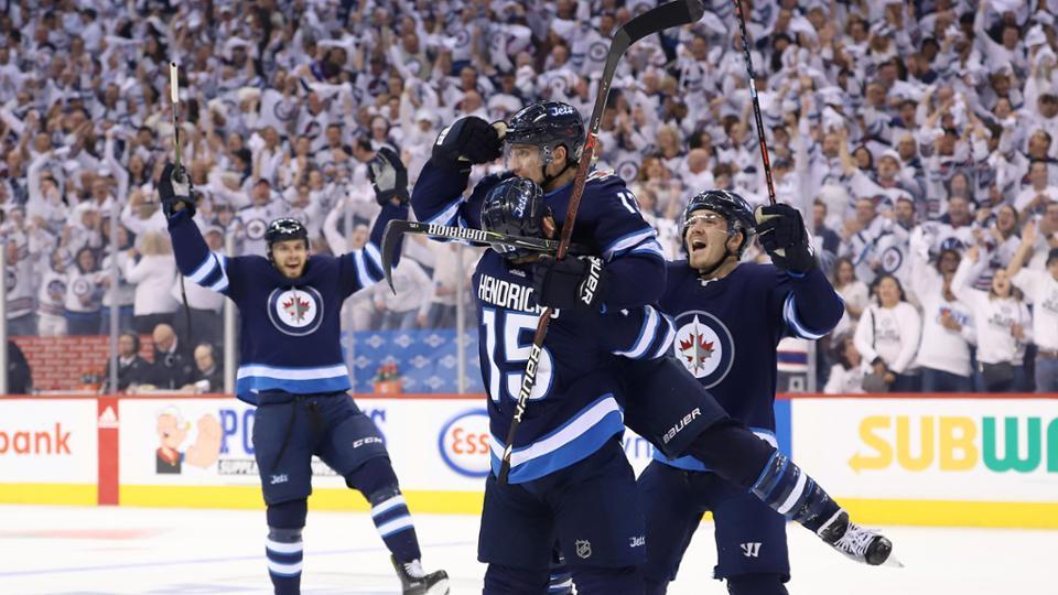 Três times da Conferência Oeste avançam no playoff da Stanley Cup