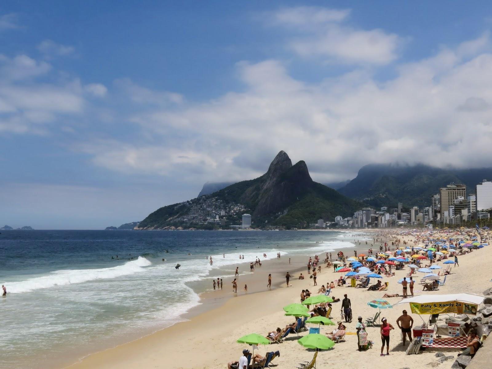 576f04344b2f4 Awesome activities in Rio de Janeiro  take a walk on Ipanema Beach