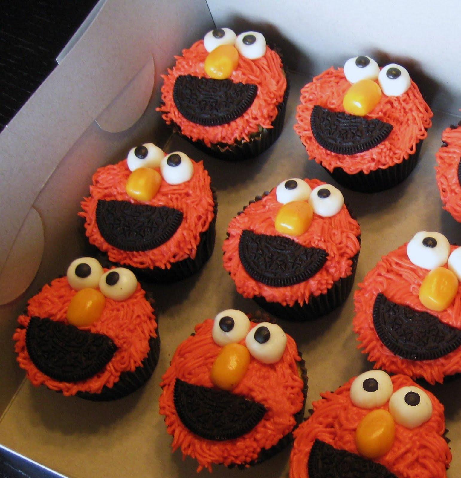 Elmo Fondant Birthday Cake